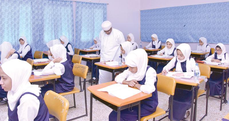 Photo of مُخالفات في امتحانات دبلوم التعليم العام.. والتربية تعاقب مرتكبيها