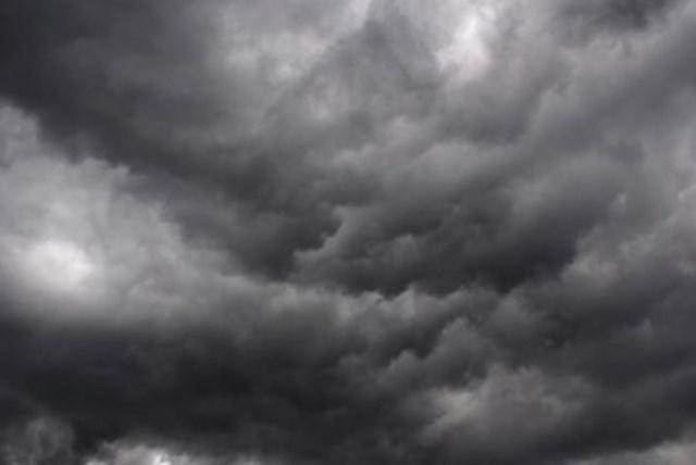 Photo of طقس اليوم: توقعات بأمطار رعدية وتساقط حبات البرد