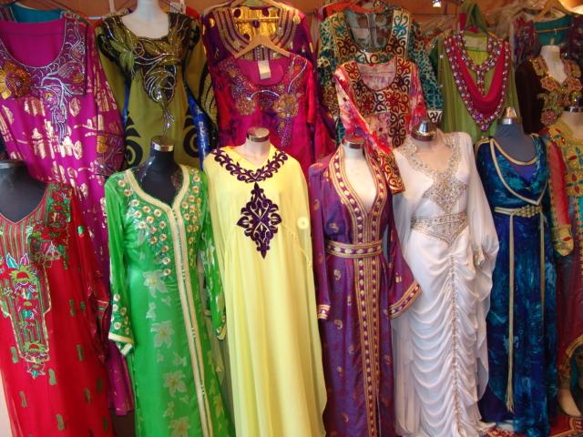 Photo of تفصيل وخياطة الملابس النسائية أكثر الأنشطة تسجيلا