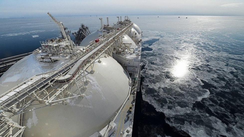 Photo of من بينها السلطنة… مصر تتفق مع ثلاث دول على استيراد الغاز الطبيعي