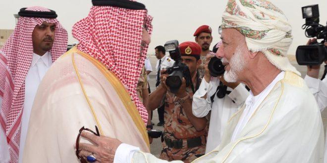 ثلاثة وزراء عمانيون في الرياض لاجتماع خليجي