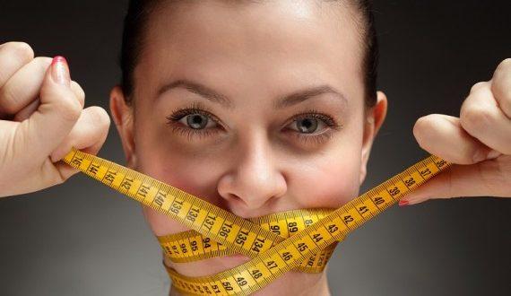 الشباب ورغبتهم في خسارة الوزن.. هل هي مهمة سهلة؟