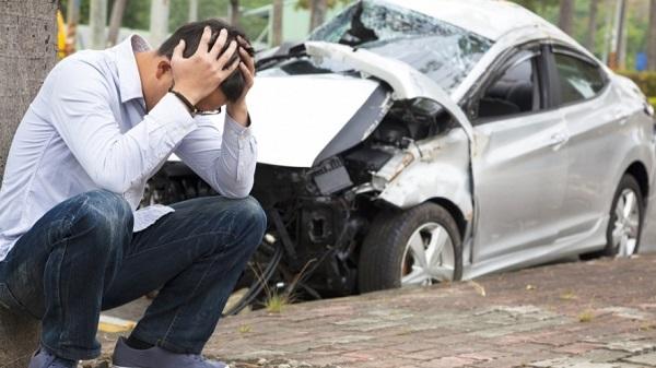 Photo of احذر؛ فتصويرك لحوادث السير يُعرّضك للسجن والغرامة