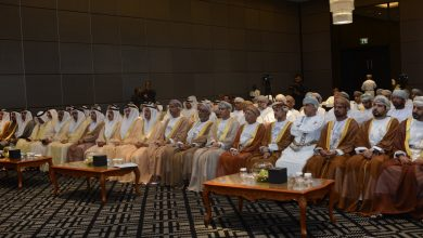 Photo of أصحاب أعمال عُمانيون وإماراتيون يُناقشون الاستثمارات المشتركة