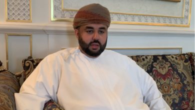 Photo of بالفيديو: رجل أعمال عُماني يؤكد: متفائلون بالمستقبل والوضع الحالي في السلطنة مثالي للاستثمار