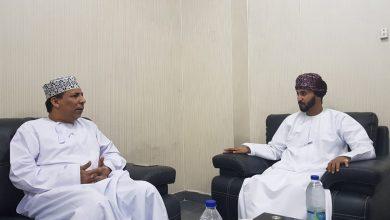 """Photo of في مكتب """"أثير"""" بصلالة: نقاش حول فتح فرع لـ """"الصحفيين العمانية"""" بظفار"""