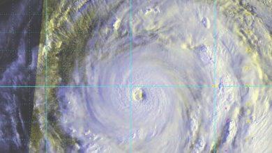 Photo of إعصار يقترب من اليابان وسفارتنا تضع أرقامًا للتواصل