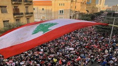 Photo of د.سالم بن سلمان الشكيلي يكتب: الشعب في قمة الجبل والنخب السياسية في قعر الوادي 